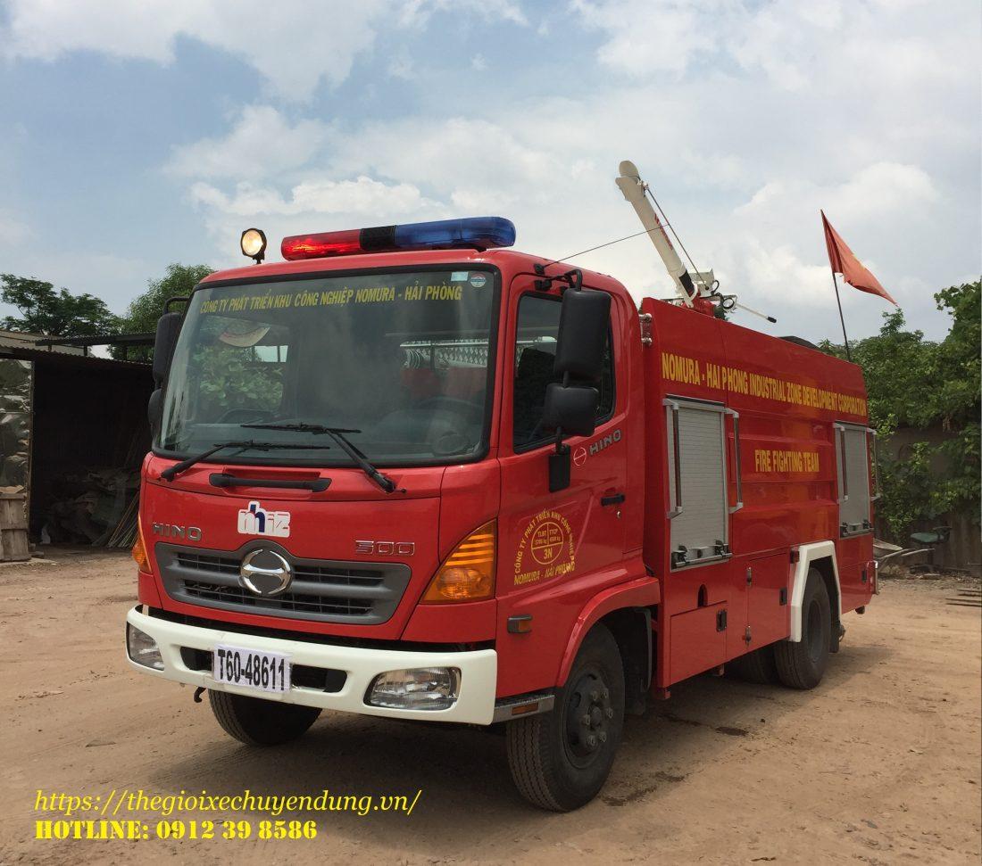 xe cứu hỏa 4 khối hino