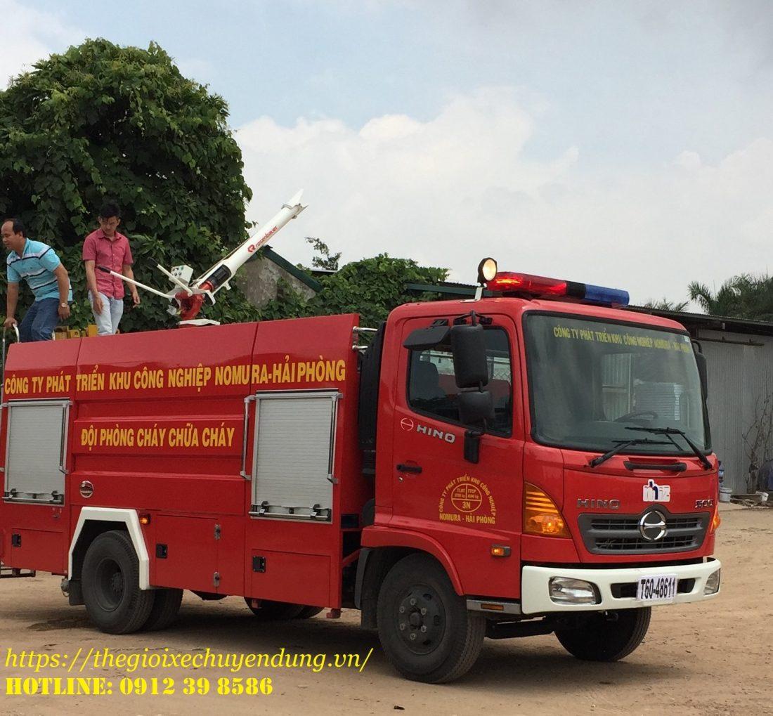 xe cứu hỏa chữa cháy Hino 4 khối