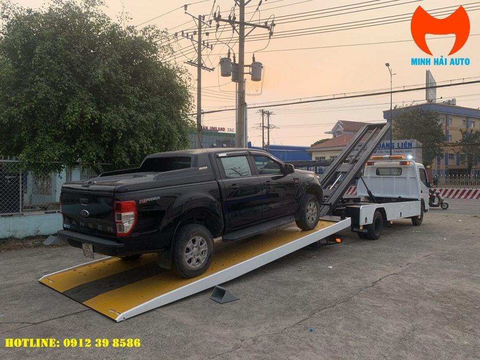 xe cứu hộ sàn trượt càng kéo Fuso 3 tấn