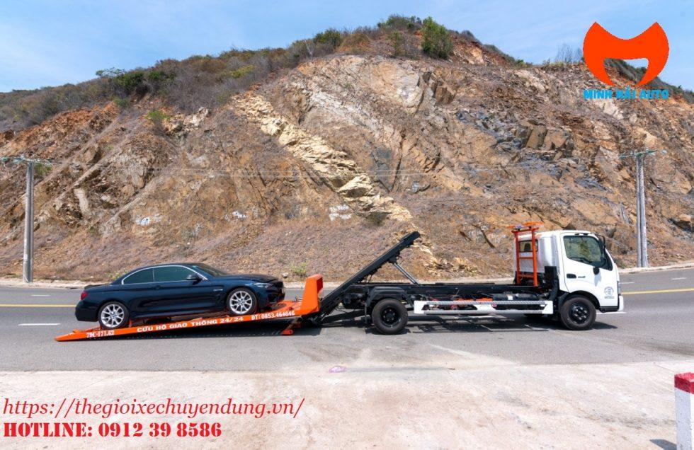 xe cứu hộ giao thông sàn trượt Hino xzu730L