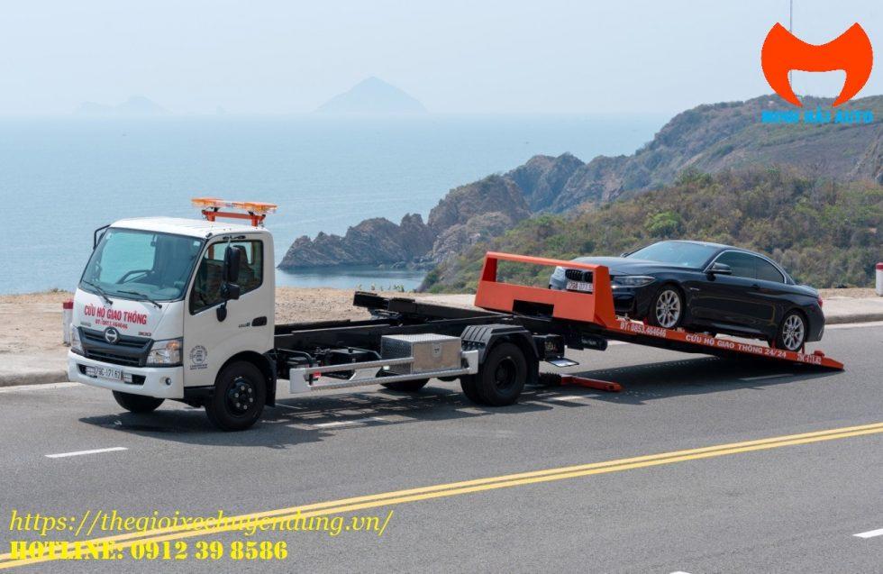 xe cứu hộ sàn trượt Hino xzu730l