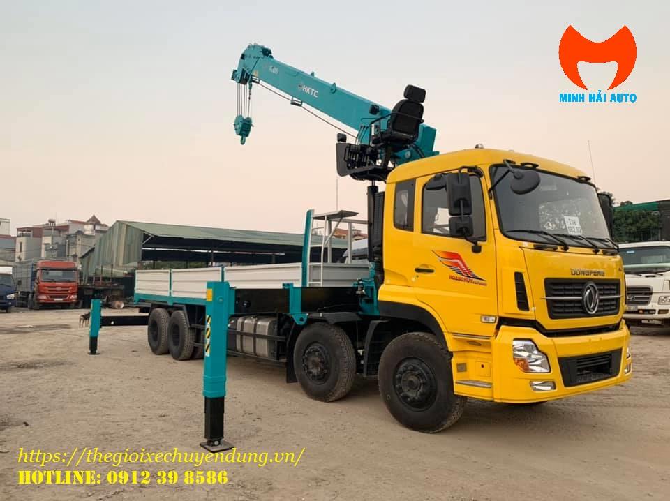cẩu 14 tấn Hyundai gắn xe tải Dongfeng 5 chân